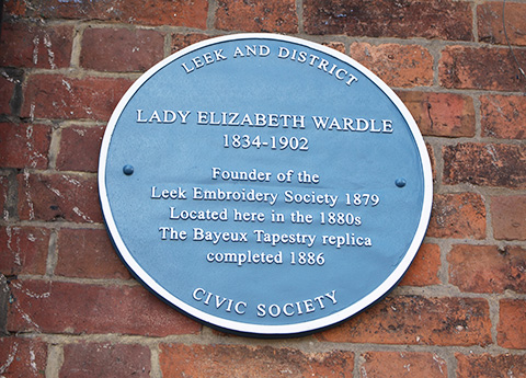 Blue plaques to Sir Thomas and Lady Elizabeth Wardle are unveiled